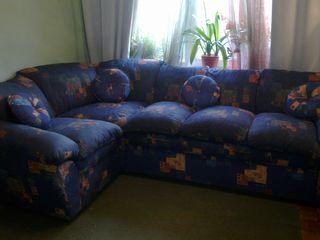 Угловой диван б/у