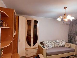 Отличная 2х комнатная с мебелью и техникой от хозяина