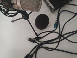 Продам, звуковую карту и микрофон для звукозаписи)