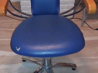 Кресло парикмахерская новая. 150 евро