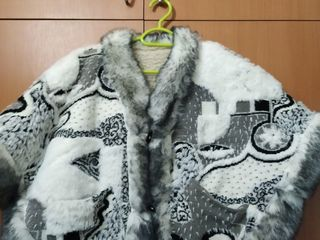 Накидка овечья натуральная теплая 150 леев