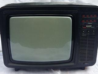 Телевизор Silelis 32ТЦ 401Д. Сделано в СССР.