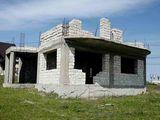 Casa nefinisata in Magdacesti.