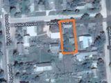 Продам земельный участок с домом, подвалом и гаражом под строительство (вода, газ, электричество)