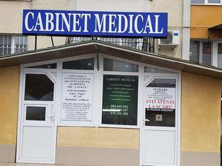 Spre vinzare spatiu comercial/oficiu, s. 154 m. p., centru, or Ialoveni.