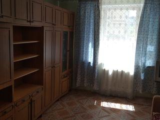 Срочно,недорого, продам 1-а комнатную квартиру. бендеры,борисовка.