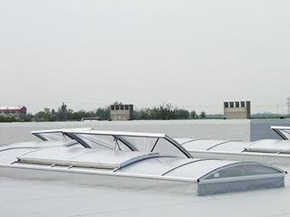 Светопрозрачные конструкции из поликарбоната для кровель и фасадов