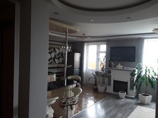 Balti apartament 3 camere,3 balcoane,casa noua,73 m2 et6 din9,reparatie euro.