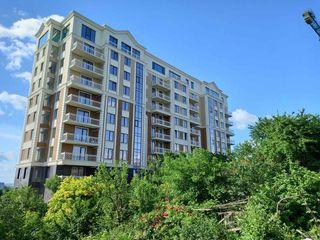 Apartament cu 2 odăi cu vedere superbă spre două parcuri!