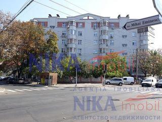 Центр, ул. М. Еминеску. 3х комн.+2парковки!