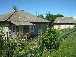 Vînd casă! Satul Lucăceni. r. Făleşti.