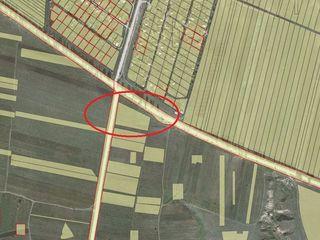 Schimb! Teren 58 ari p/u constructii la traseu L314 Miclești, lîngă Peresecina