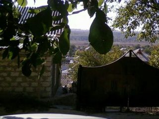 Vând / schimb casă din cotileț alb