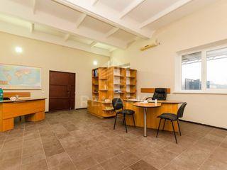 Vânzare, Spațiu Comercial, r. Orhei, com. Peresecina 289000 €