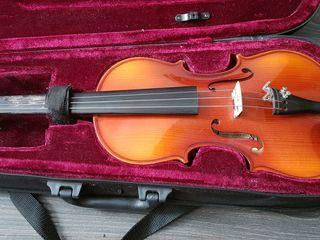Скрипка + подставка
