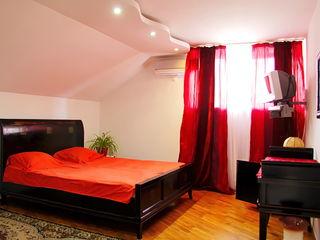 Апартамент на ночь с ванной для двоих-400лей (индивидуальная парковка) WI-fi