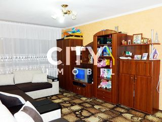 Se vinde apartament cu 1 cameră, Ialoveni, Centru 32 m