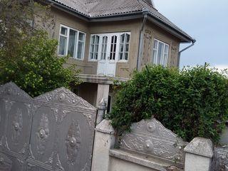 casa Straseni