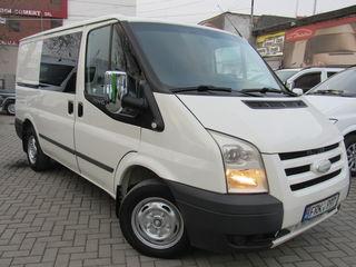 Ford Transit 2.2 6 locuri
