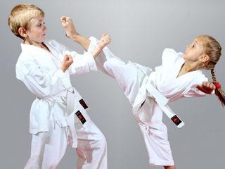 Кимоно Каратэ,Karate,Kimono original noi 450 lei ,de la 110 cm