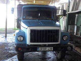 Газ 33075