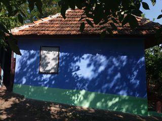 Se vinde casa cu pamint in satul Ghiduleni raionul Rezina