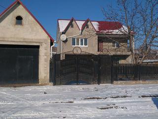 Intra si locuieste- casa cu mobilier si tehnica