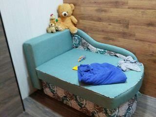 Продам детским диванчико