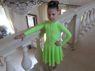 Rochie si pantofi pentru dansuri