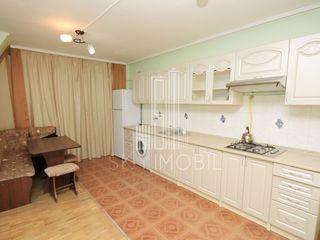 Centru, str. bucuresti, casa cu 3 nivele in chirie. super pret - 400 euro !!!