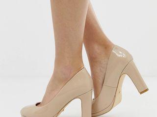 Нюдовые базовые туфли