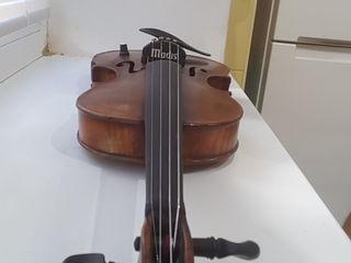 Se vinde vioară