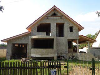 Casa Ungheni Danuteni 14 Ari (274 m2)