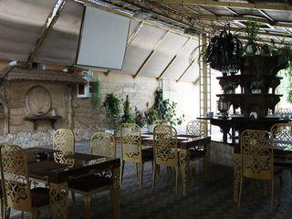 """Restaurantul """"MajestiC"""" - un local ideal pentru orice eveniment"""