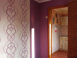 Vind Apartament 2 camere 19.000euro, Cartierul Tineretii Ungheni
