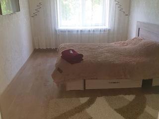 Oraşul Soroca.Dau apartament cu o camera in chirie,pe zi -300 lei(Soroca Noua)