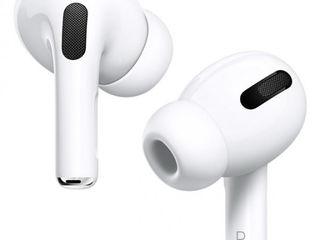 Apple AirPods Pro in 3 Rate cu 0% Dobanda