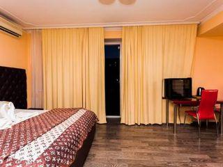 Сдаю почасово  60 lei   посуточно 399 lei  Новая мебель большая кровать