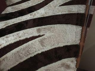 Covor turcesc din viscoză, foarte frumos și modern, calitativ, în stare foarte bună, chiar ideală, b