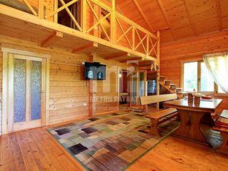 M2-Propria casă pe malul propriului lac în pădure !!
