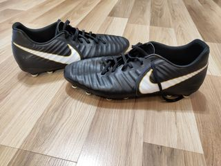 Продаю Nike Tiempo Rio !!!
