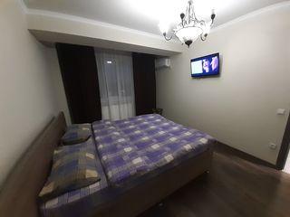2 спальни на неделю - 150€, на 2 недели - 250€ - в центре.