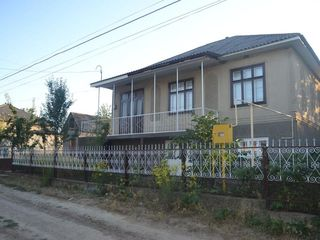 Se vinde casa in Falestii Noi