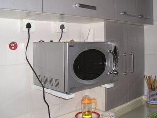 Кронштейн для монтажа микроволновых печей на стену. Надежно и качественно.