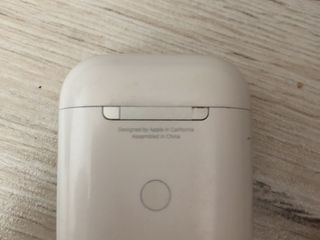 Air pods 2 wireless charging