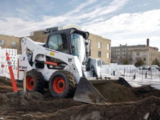 Servicii tractor  услуги трактор bobcat in orice raion.