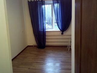 vind apartament 21 m direct de la stapin 10.900 euro negociabil urgent