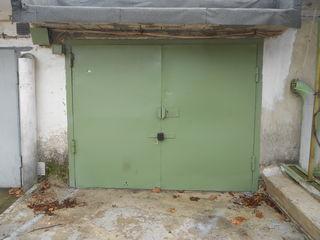 Продам сухой, капитальный гараж с подвалом на Ботанике ГСК-13(CCG-13) без посредников .Торг