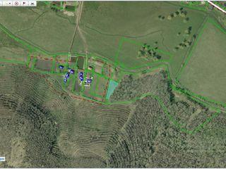 Под лесом 8 сот под строительство в 10 км от кишинева