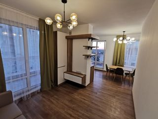 Apartament cu terasă, perfect,  L. Deleanu Inamstro
